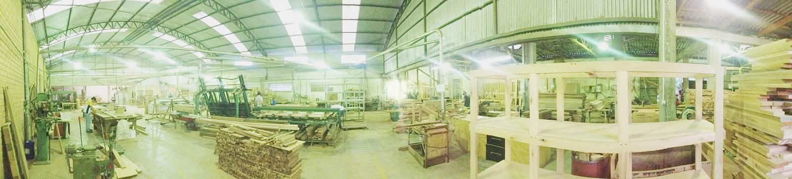 Portalmad | Portas e Janelas - Fábrica de esquadrias de madeira - Portas Externas - Internas - Maciças - Sólidas - Decorativas
